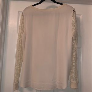 LOFT Tops - Long sleeve top with lace sleeves